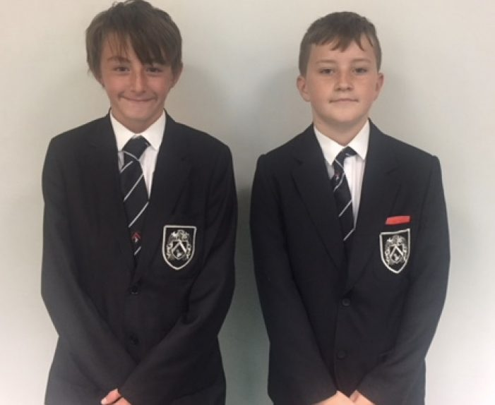 Gable Hall pupils help woman after car accident