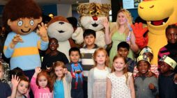 Thurrock teenagers sought for Summer Reading Challenge