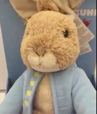 Easter story-time sessions at Grays Shopping Centre!