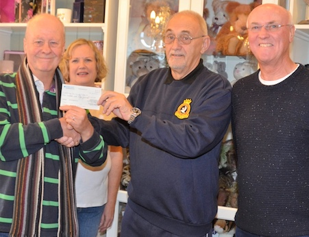 Corringham traders give cash boost to air cadets