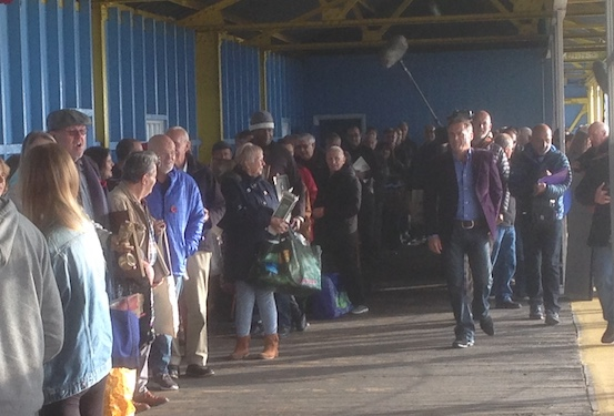 Crowds flock to BBC's Flog It in Tilbury