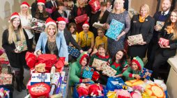 Give a Gift Launches at intu Lakeside