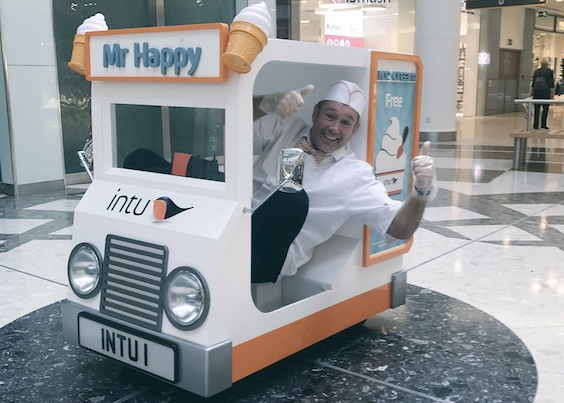World's smallest ice cream van stops off at into Lakeside