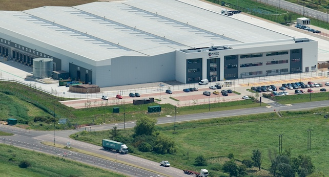 Lidl to move distribution centre to London Gateway