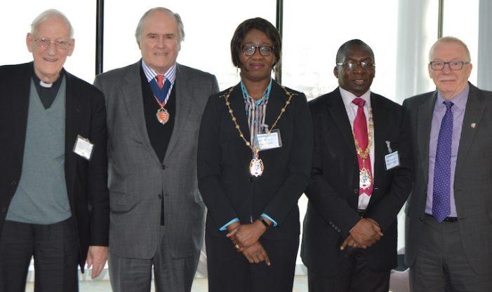 Mayor of Thurrock visits DP World London Gateway