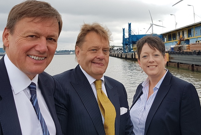 Transport minister visits Tilbury for briefing on Port of Tilbury's £1 Billion investment