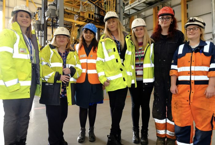 Transport Minister visits DP World London Gateway as it celebrates International Women's Day.
