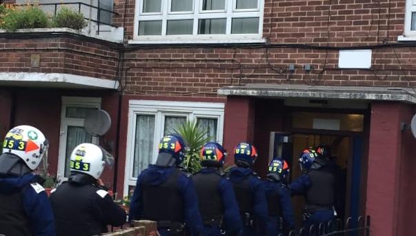 Met Police raid house in Grays as part of operation to bust drug dealing gangs