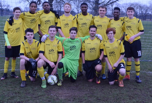 Football: South Essex College win through to final