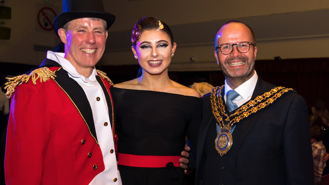 Novices take to the dancefloor to raise £32,000  for St. Luke's Hospice