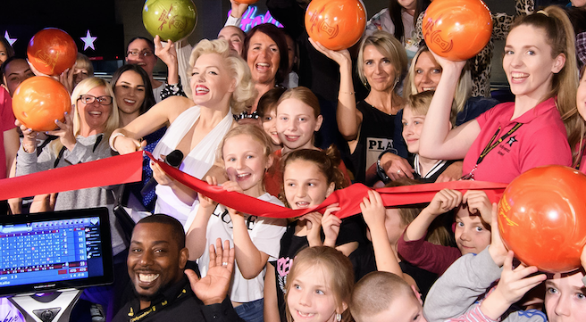 Hollywood Bowl opens at intu Lakeside