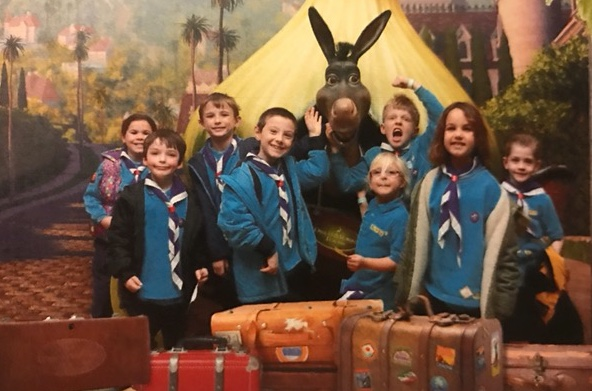 2nd Stanford-le-Hope Beavers enjoy night amongst the Sharks