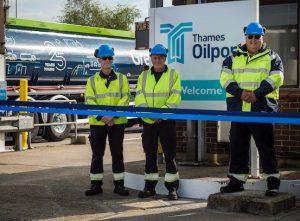 Thames Oilport 1