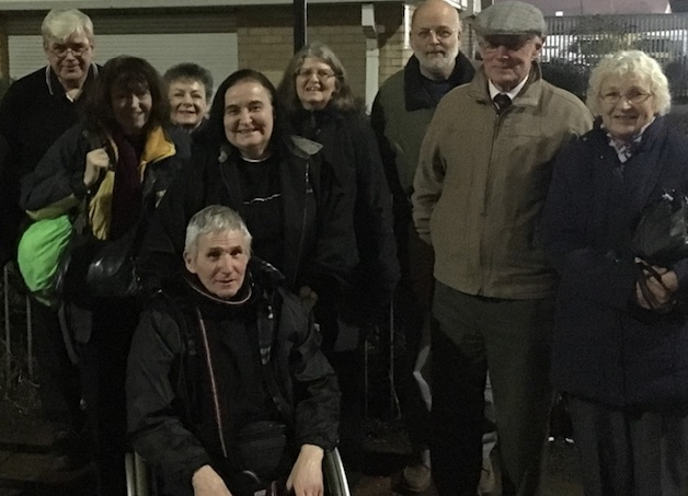 West Thurrock residents call for more lighting on London Road