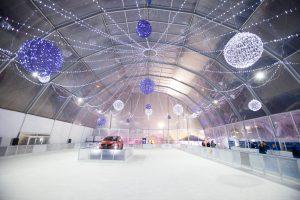 ice-rink-intu-lakeside