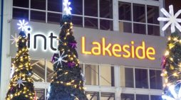 intu Lakeside begin its Christmas celebrations