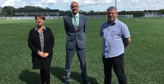 Aveley FC and Ormiston Park Academy partner up