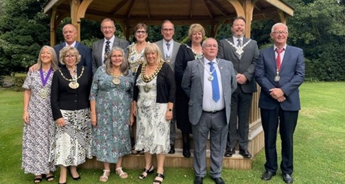 Mayor of Thurrock hosts successful fundraiser for Little Havens Hospice and Thurrock Over Fifties Forum