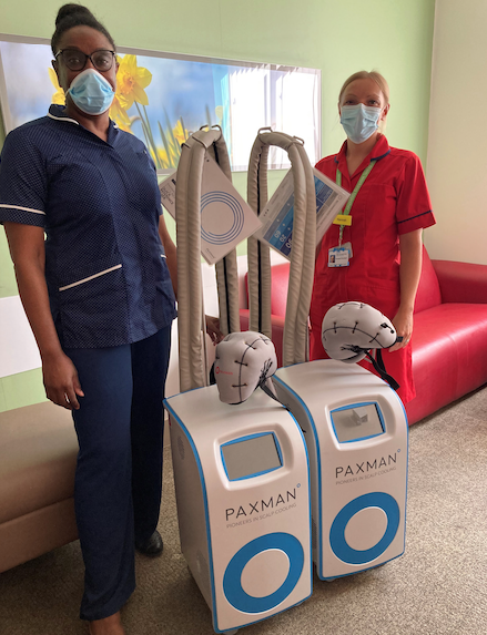 """Machine that helps stop hair loss is a """"game changer"""" for Thurrock chemotherapy patients"""