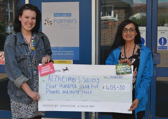 Palmer's College student Ellen raises hundreds for Alzheimer's