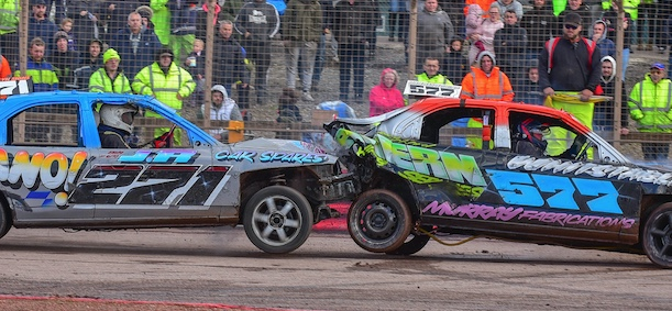 Arena Essex: Dean sizzles at last ever Banger World Final
