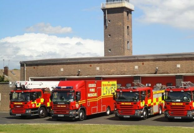 Outbuilding destroyed by fire in Purfleet