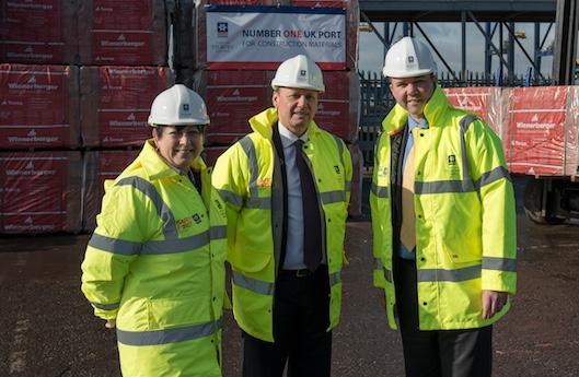 Housing Minister visits Port of Tilbury