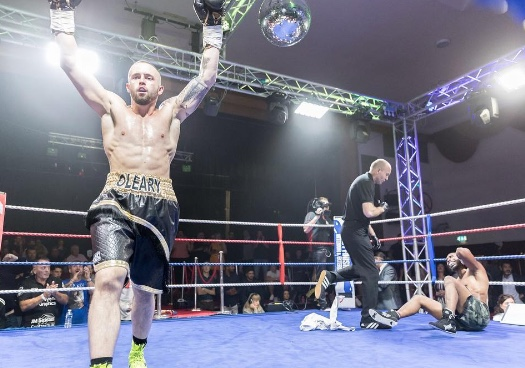 Boxing: Ockendon boxer George O'Leary knocks out Colossus to retains English title