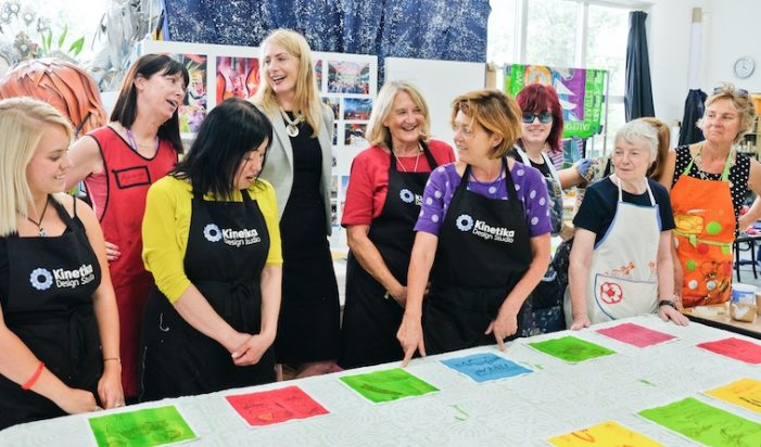 Thurrock's Chief Executive joins Kitchen Table Workshop