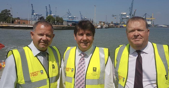 MP Stephen Metcalfe visits Port of Tilbury