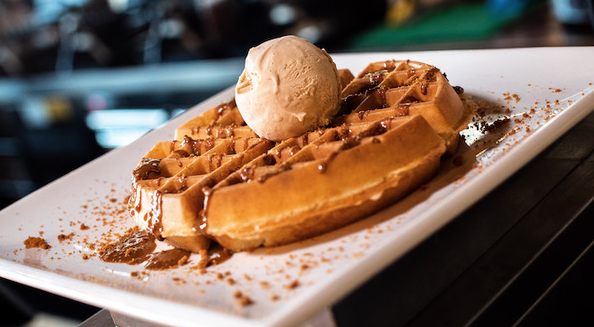 Creams Cafe in Lakeside offer dream holiday fit for a king!