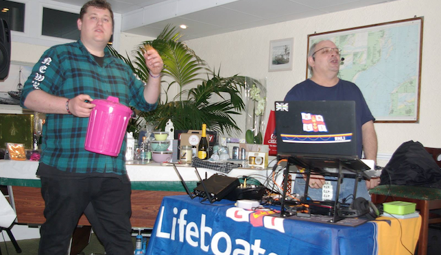 Fundraising bingo raises over a £1,000 for mum battling cancer