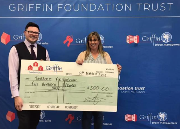 Griffin Estate Agents give £500 to Thurrock Foodbank