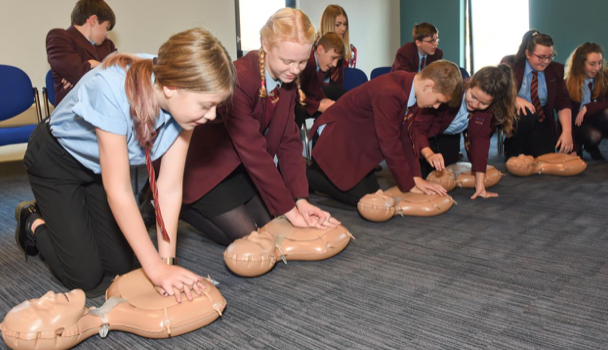 "Ambulance service urges Thurrock schools to sign up to ""Restart a Heart"""