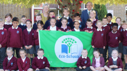 Woodside Academy awarded its own Green Flag