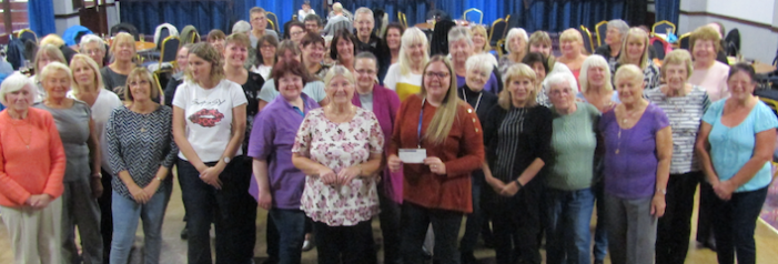 Thurrock Ladies Darts players raise over a thousand pounds for St Luke's Hospice
