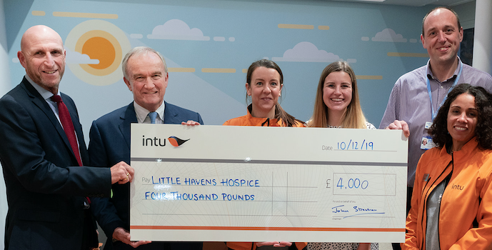 intu Lakeside wins intu Chairman's Prize for Little Havens Hospice
