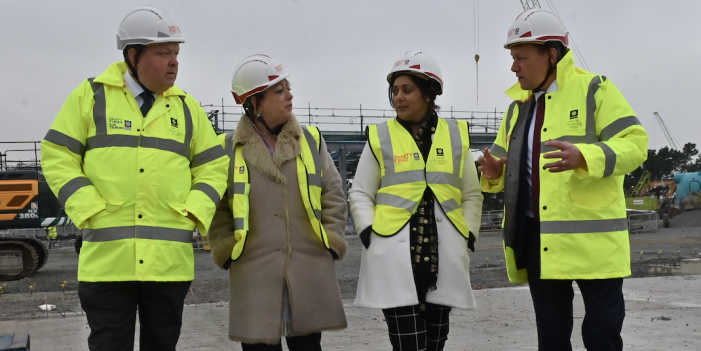 Maritime Minister visits Port of Tilbury to inspect progress