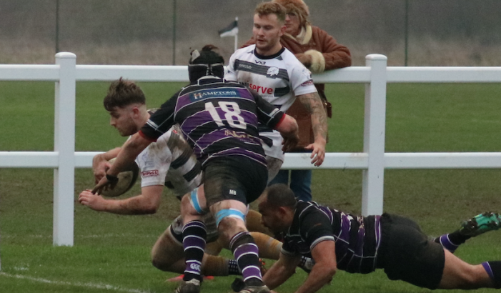 Rugby: Thurrock secured a fine victory over high-flying Belsize Park at Oakfield on Saturday.