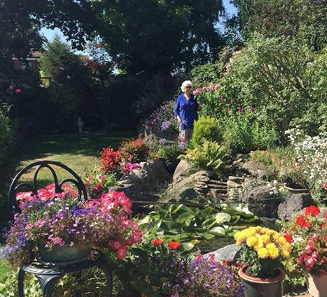 Visually impaired St Luke Hospice supporter wins garden photo competition