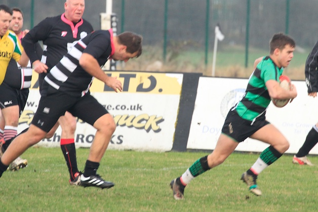 Rugby: Thames fend off Thurrock's 4th XV
